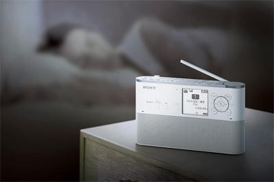 ワンセグ、FM/AMを予約録音できる語学学習に便利なポータブルラジオレコーダー「ICZ-R250TV」