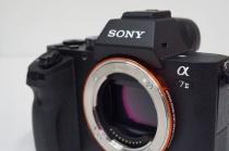 α7 II「ILCE-7M2」にver3.30のアップデート。前回アップデートの撮影条件によってフラッシュ撮影した画像の端の光量が不足するという症状改善。
