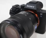 デジタル一眼カメラα7Ⅱ/α7SⅡに、電波式ライティングシステムに対応するソフトウェアアップデート。α7RⅡは8月18日のアップデートで対応済み。