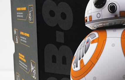 (まだ観てないけど)劇中まんまの挙動で超キュートじゃないか「BB-8」( ◎o)!!
