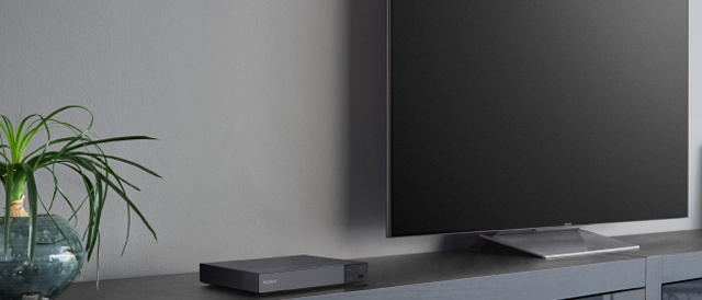 Bluetoothを搭載して、ワイヤレスで映画や音楽を楽しめるブルーレイディスクプレーヤー「BDP-S6700」