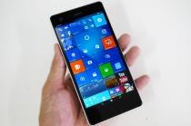 「VAIO Phone Biz」のファームウェアアップデートで、ディスプレイサイズの自由度が増加。他、機能や動作安定性の改善。
