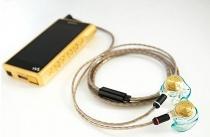 """テイラーメイドのイヤホン「Just ear」、ウォークマン「NW-WM1Z」+KIMBER KABLEの組み合わせにチューニングした""""ソニーストアオリジナル音質調整モデル""""をソニーストア名古屋/大阪で販売。"""
