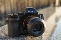 ソニーのカメラ事業部を分社化して、「ソニーイメージングプロダクツ&ソリューションズ株式会社」を設立。
