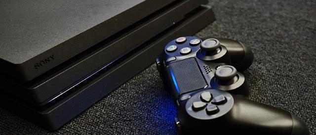 PlayStation4 Proを買ったら、ストレージをSSDに換装、そして旧PS4からのデータ移行をしてしまおう。