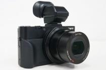 デジタルスチルカメラ「DSC-RX100M2」のソニーストア販売価格を改定。