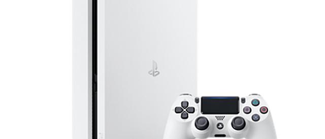 コンパクト・低消費電力になった「PlayStation 4」、新色グレシャーホワイトを2月23日発売。ワイヤレスコントローラー(DUALSHOCK®4)にもグレシャー・ホワイトとグリーン・カモフラージュを追加。