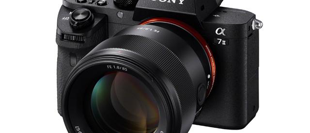 コンパクトで取り回しのしやすい大口径中望遠単焦点レンズ FE 85mm F1.8 「SEL85F18」が登場。