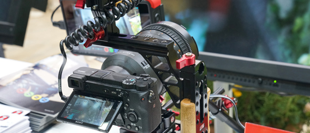 「CP+2017」ソニーブースレポート(その3)。動画撮影に特化したE PZ 18-110mm F4 G OSS 「SELP18110G」