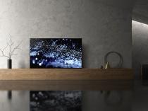 4K有機ELテレビ BRAVIA「A1シリーズ」に77インチモデルが登場。価格は250万円(税別)、2017年8月5日に発売。