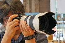 """デジタル一眼カメラ""""α9""""の、最高20枚/秒のAF追従連続撮影に対応レンズ、ならびにレンズのアップデートを公開。"""