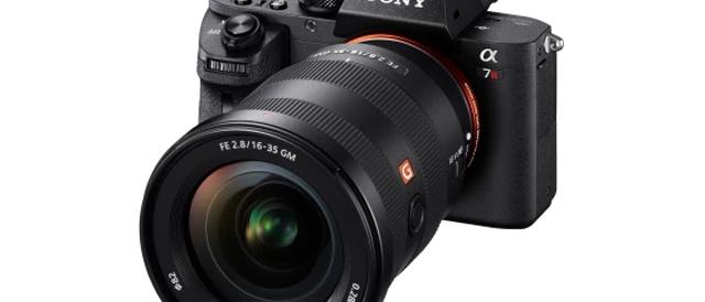 大口径広角ズームレンズFE 16-35mm F2.8 GM「SEL1635GM」を、7月28日に発売決定。ソニーストアで先行予約販売を開始。7月15日(土)からソニーストア直営店で先行展示も開始。