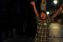 暗がりで動き回る子どもを「瞳AF」で追いかけて撮影してみよう。α9、α7RⅡ、α7の3機種で比較してみた。