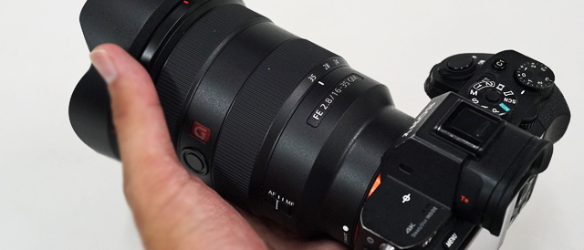 G Master レンズ 「SEL1635GM」にソフトウェアアップデート(Ver.03)。α7RIII/α7III との組み合わせで稀にレンズの初期化が安定しない事象の修正。
