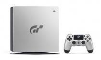 「PlayStation(R)4 グランツーリスモSPORT リミテッドエディション」を数量限定モデルを発売。特別デザインのPS4 1TBモデルとソフトをセット。