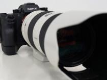 デジタル一眼カメラ α9 に最新ソフトウェアアップデート。マウントアダプタ「LA-EA3」+Aマウントレンズで瞳AFに対応。