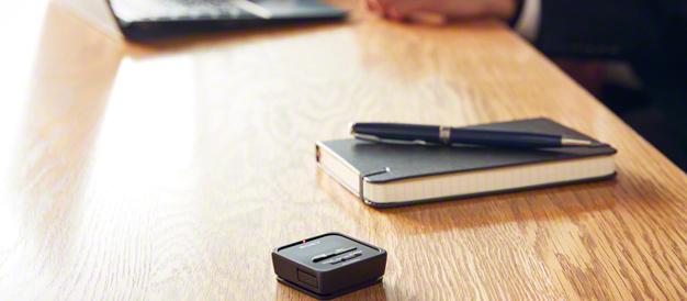 ひっそり?録音できるコンパクトで軽量なステレオICレコーダー「ICD-TX800」