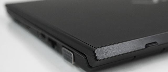 第8世代Coreプロセッサーを搭載したVAIO S11、スペシャルエディション「ALL BLACK EDITION」をレビュー(その1)