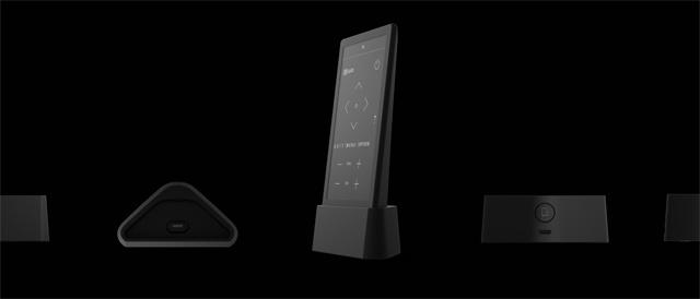 「HUIS REMOTE CONTROLLER」本体に加えて専用クレードルのブラックモデルの販売開始。あわせてソニーストアでも購入可能に。