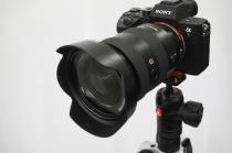 シナバーカラーが眩しいα9 / α7III /α7IIシリーズ専用のManfrotto 「befreeアドバンスL三脚キット ソニーαカメラ専用」を買ってみた。