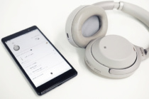 ワイヤレスノイズキャンセリングステレオヘッド「WI-1000X/WH-1000XM2/WH-1000XM3」にAmazon Alexa対応のアップデート。「WH-1000XM3」は音声ガイダンスの言語の変更も可能に。