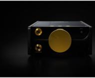 独立バッテリー電源システムや高品位なアナログオーディオ出力ラインなどを採用したデジタルミュージックプレーヤー「DMP-Z1」を発売。