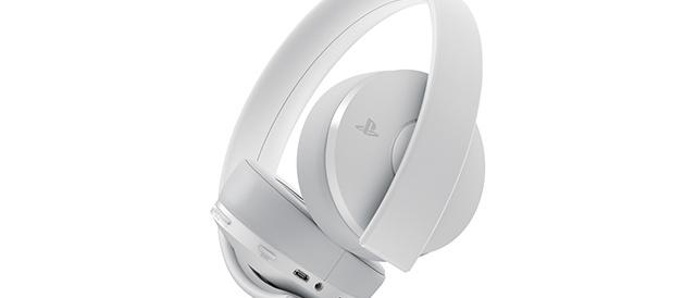 PS4用ワイヤレスヘッドセットの新しいカラーバリエーションとなるホワイト「CUHJ-15007J2」を数量限定で発売。