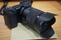 APS-Cミラーレス一眼カメラ「α6400」をソニーストアで触ってきたレビュー(その2)180度チルトとタッチ操作、新しい機能モリモリで、使い勝手上がりまくり。