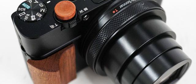 RX100シリーズを愛でるためのアイテム(その2)ARTISAN OBSCURA製「ウッドレリーズボタン」