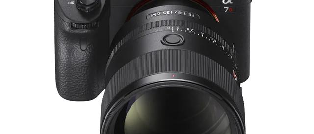G Masterレンズ 大口径望遠単焦点レンズ FE 135mm F1.8 GM 「SEL135F18GM」を国内発表。ソニーストア先行予約は3月5日(火)10時から。