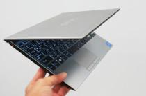 無駄な空間のない性能を凝縮。今までの13インチクラスのノートPCに取って代わる新スタンダードモバイル「VAIO SX12」。