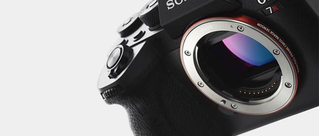 海外で、約6,100万画素の超高画素に高速AFと高速連写を備えたフラッグシップ デジタル一眼カメラ α7R IV ( ILCE-7RM4 )発表!グリップ大幅アップ、約576万画素電子ビューファインダーなど随所に改良多数。<追記:国内でも発表!>