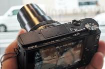 デジタルスチルカメラ「RX100VII(RX100M7)」を、ソニーストアで触ってきたレビュー(後編)。メニューをチェックしたらそれは最新のデジタル一眼カメラαとまるで同じレベルまでになっていた。