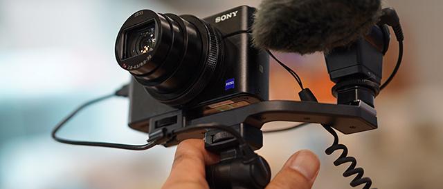 RX100VII・RX0II に、ステレオマイクロホン「ECM-XYST1M」をくっつけて動画撮影のクオリティをアップ!ビデオブロガー仕様の組み合わせをつくってみよう。