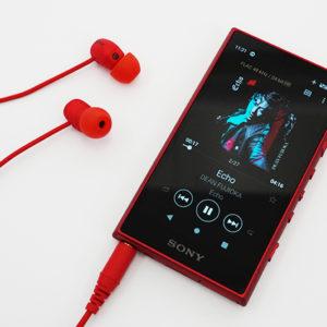 高音質設計の小さなスマホのようなウォークマン「NW-A100シリーズ」。Android OSを搭載して広がる自由度が利用シーンを劇的に増やす。