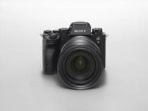 海外で デジタル一眼カメラ α9 II ( ILCE-9M2 )を発表!α9からセンサーは変わらず。プロスポーツカメラマンやフォトジャーナリスト向けに信頼性や接続性・ワークフローを強化。<追記:国内でも発表!>