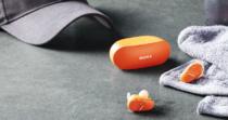 ノイズキャンセリングと重低音、防水防塵性能まであわせもつ完全ワイヤレス型のヘッドホン「WF-SP800N」を6月27日に発売。
