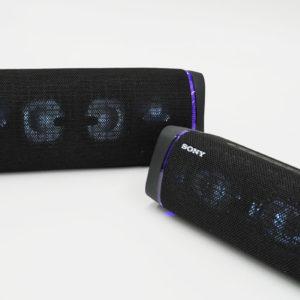 高音質&重低音で楽しめるEXTRA BASSシリーズワイヤレススピーカー「SRS-XB43/XB33」レビュー。スマホの小さい画面でも包み込まれる臨場感で、動画もゲームも迫力が大幅にアップする楽しさ。