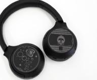 ワイヤレスステレオヘッドセット WH-XB700 「ディズニー ツイステッドワンダーランド」 Edition 、ブラックカラーの「オクタヴィネル寮」モデルをレビュー。