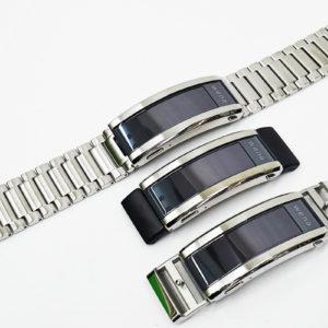 スマートウォッチ「wena3」レビュー(その1)「メタル」「ラバー」「レザー」の3つのバンドタイプの装着方法とつけ心地。ヘッド部なしの単独運用も試してみた。