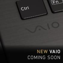 VAIO公式サイトに「NEW VAIO COMING SOON」のティザー広告第3弾。キーボード面の一部カットを公開。天板と同じくカーボン素材のようなヨコシマ模様がみてとれる。