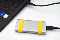 ソニーの堅牢性と高速性を兼ね備えたポータブルSSD「SL-Mシリーズ」レビュー(その2)ケースを分解、SSD換装してみると、いろいろなことが判明。